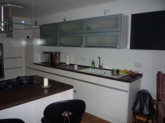 Duesseldorf Kaiserswerth Wohnung hat 2 Badezimmer