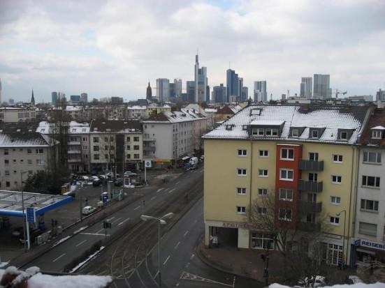 Frankfurt Ostend zentral