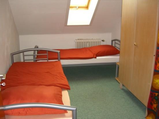 ferienwohnung in f rth oberasbach. Black Bedroom Furniture Sets. Home Design Ideas