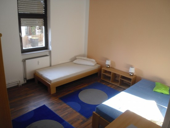 Gross Gerau Kelsterbach guenstiges Doppelzimmer