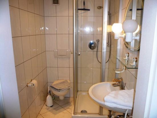apartment in karlsruhe pfinztal s llingen. Black Bedroom Furniture Sets. Home Design Ideas