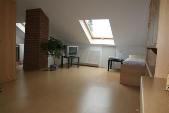apartment in k ln longerich. Black Bedroom Furniture Sets. Home Design Ideas