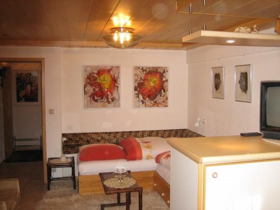 Koeln Rath Geraeumige 2   ZImmer Wohnung