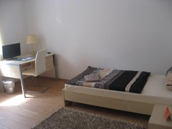Main Taunus Kreis Schwalbach Schoenes Appartement