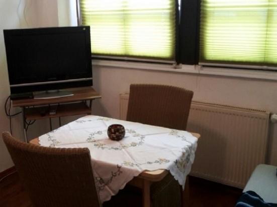 Mainz Nierstein zweckmaessig eingerichtete 2 Zimmer Wohnung