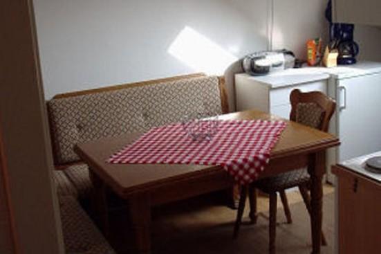 Muenchen Maisach mit mehreren Einzelbetten