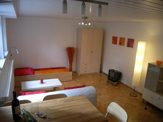 Stuttgart Bad Cannstatt Schoenes Souterrain Appartement