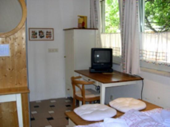 Wiesbaden Oestrich Winkel nettes Doppelzimmer apartment