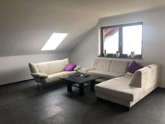 Wuerzburg Estenfeld Moderne Wohnung mit getrennten Betten