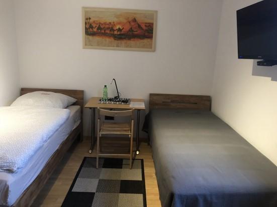 Wuerzburg Hoechberg Gepflegtes Appartement mit Bad