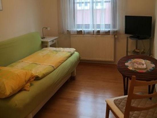 Wuerzburg Randersacker modernes Appartement
